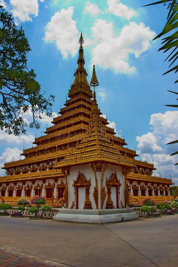 PHRAMAHATHAT KHANNAKHON或Wat Nonwang或Nongwang寺庙 免版税库存图片