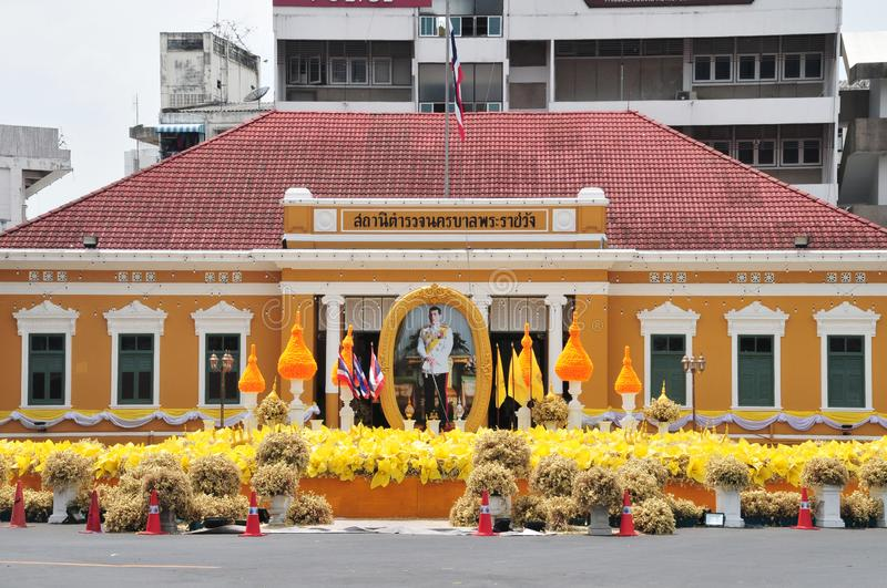 Phrarachawang metro police. BANGKOK, THAILAND – 8 MAY 2019 : Decorate the flower arch In front of the phrarachawang metro police. From May 29 – 31 stock photography
