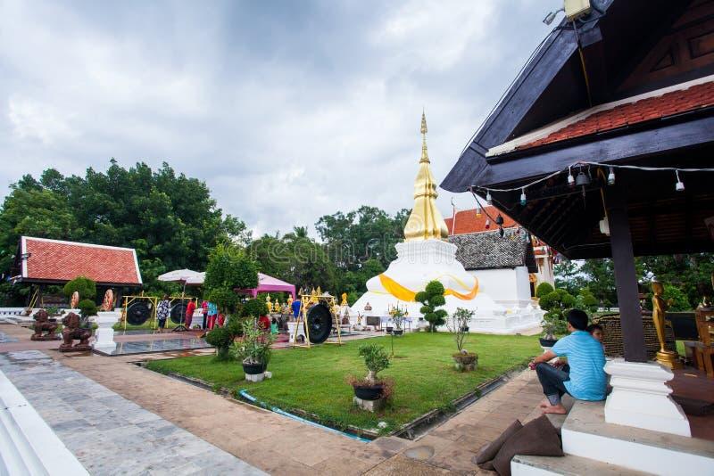 Phrathat KhamKaen in Wat Chetiyaphumin in Khonkaen, THAILAND stock foto's