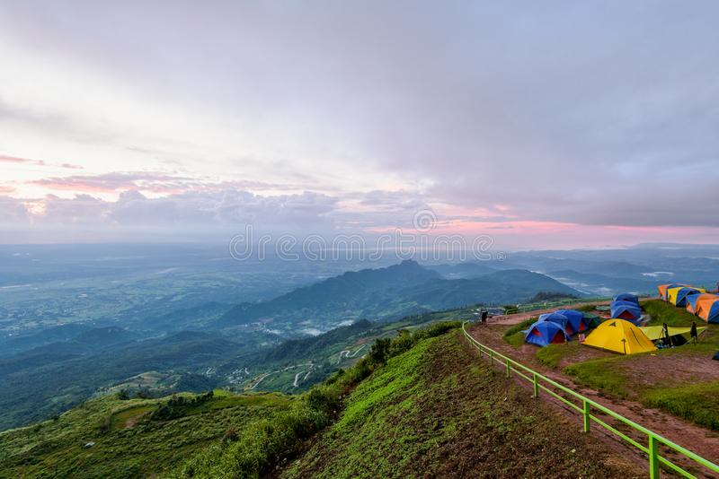 Phu Thap Berk durante l'alba immagini stock
