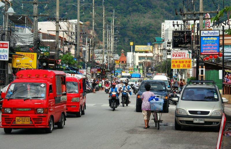 Phuket, Tailândia: Cena da estrada do Rato-U-Thit fotografia de stock