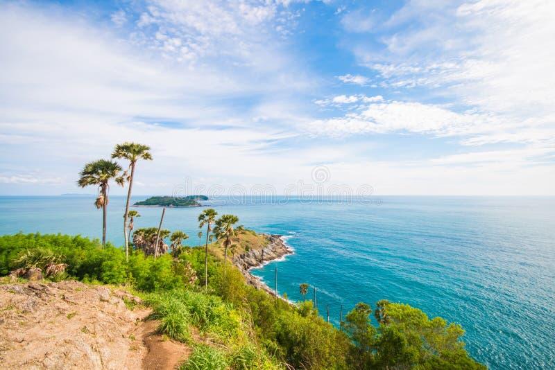 Phuket, Tailandia 1 de agosto: Cabo de Phromthep La señal de Phuket o foto de archivo libre de regalías