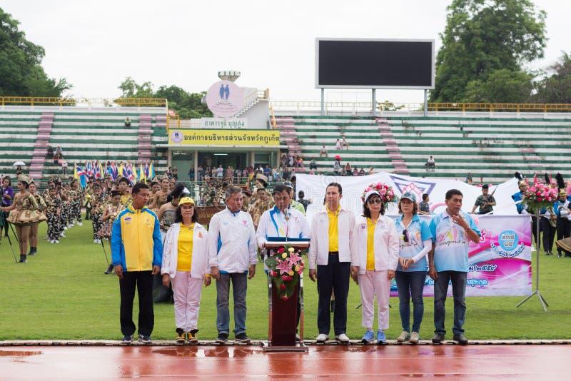 PHUKET THAILAND - JULI 13: Öppningscermoni av årlig friidrott royaltyfri foto
