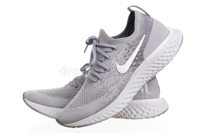 PHUKET THAILAND - JUNI 21, 2018: Produktfors av Nike män royaltyfria foton