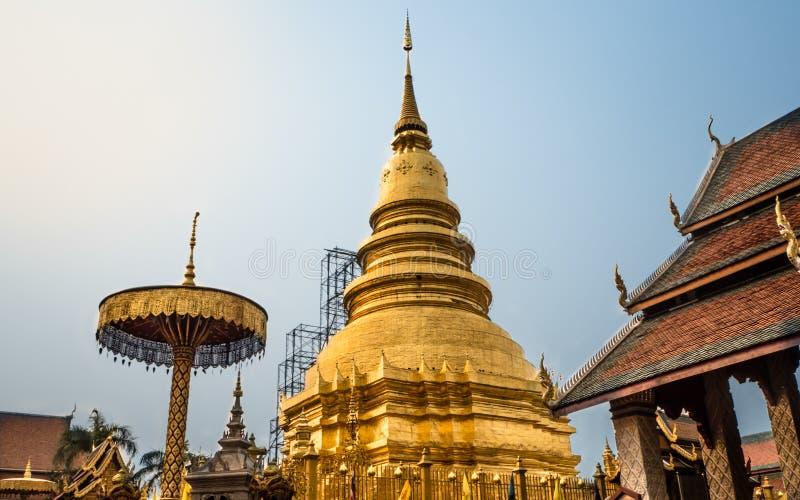 Phun chai do hari da galdéria do pra de Wat imagem de stock