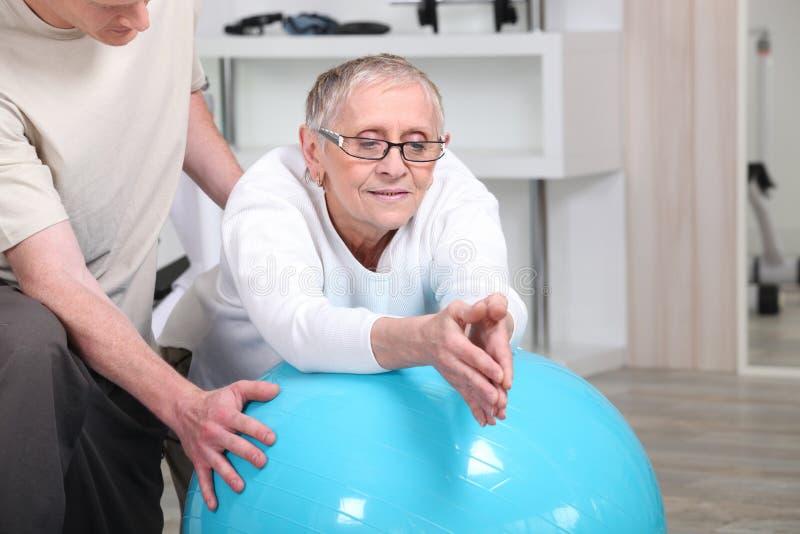Physiotherapie lizenzfreie stockbilder