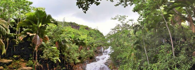 Piękna i oszałamiająco wysoka rozdzielczość panorama krajobrazowi widoki na Seychelles wyspie fotografia stock