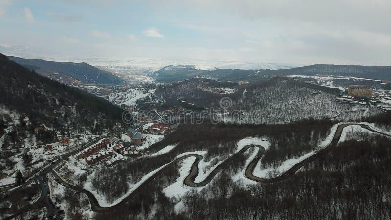 Piękni śnieżni wzgórza zdjęcia royalty free