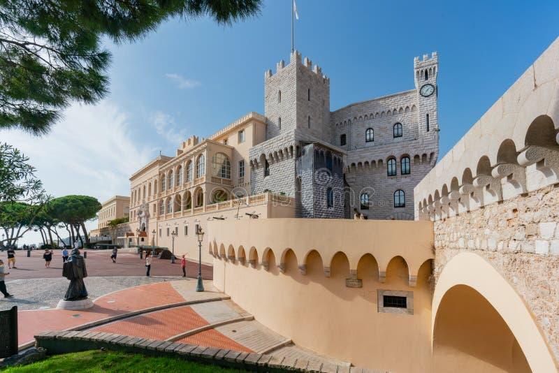 Piękny envirnoment wokoło książe pałac Monaco zdjęcie royalty free