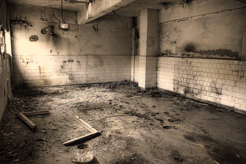 Pièce abandonnée fantasmagorique images libres de droits