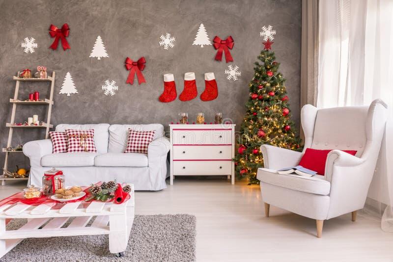 Pièce décorée pour Noël photo stock