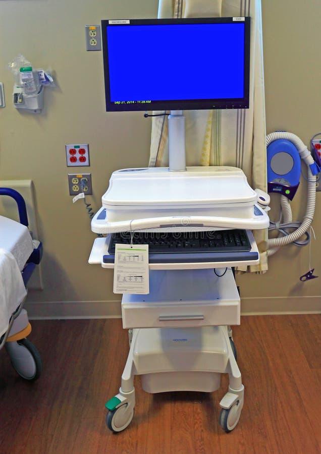 Pièce d'hospitalisé de moniteur d'ordinateur photo libre de droits