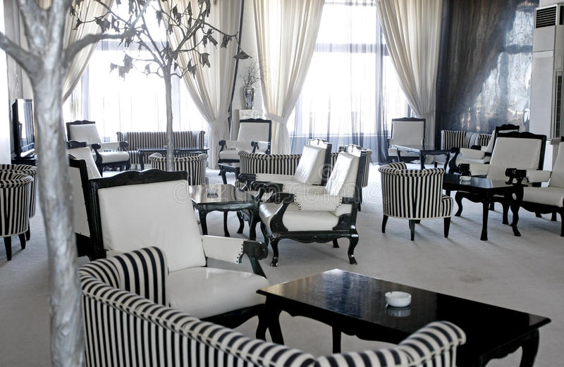 Pièce de luxe de café ou de salon images libres de droits