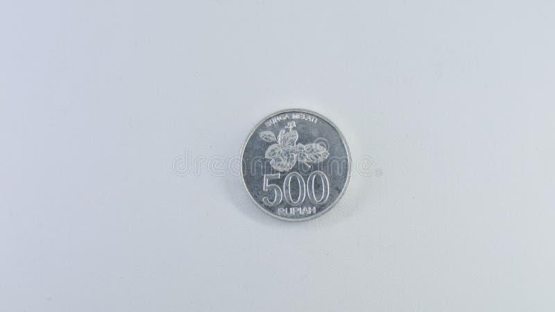 Pièce de monnaie cinq cents sur le fond blanc photos libres de droits