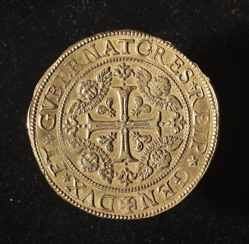 Pièce de monnaie d'or antique de république de Gênes Italie photo stock