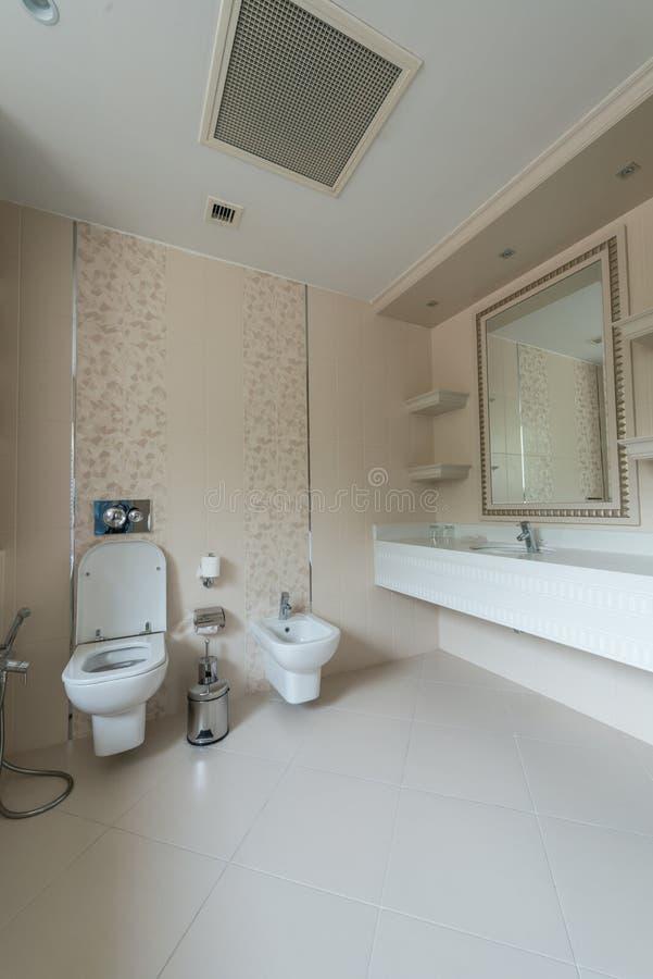 Pièce de toilette photos libres de droits