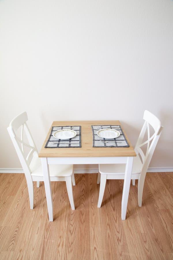 Pièce moderne de Dinning images libres de droits