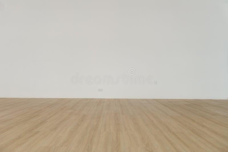 Pièce vide et plancher en bois avec le mur blanc pour le fond images libres de droits