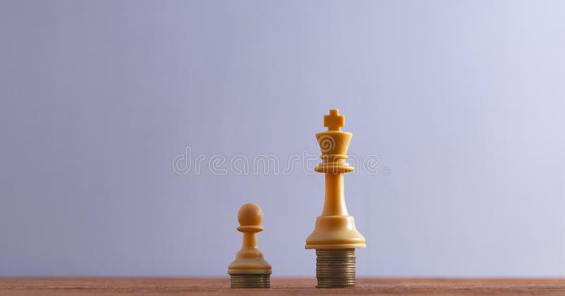 Pièces d'échecs de gage de roi photos libres de droits