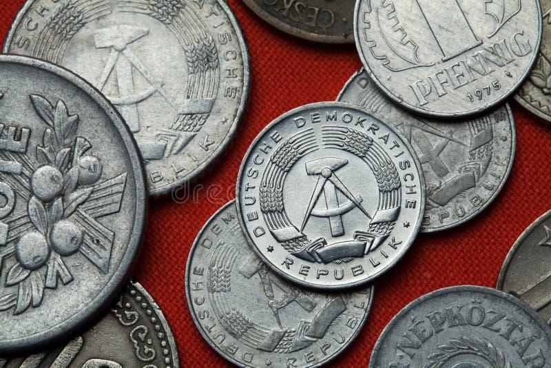 Pièces de monnaie de la république Démocratique d'Allemande (Allemagne de l'Est) photo libre de droits