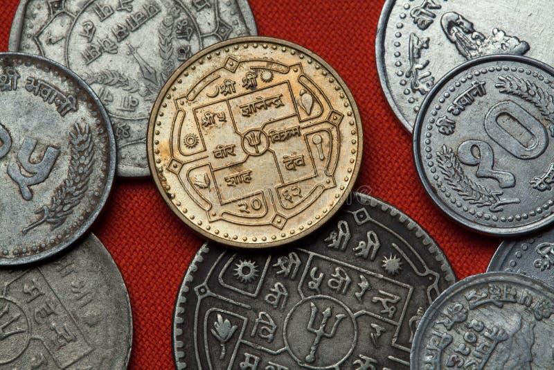 Pièces de monnaie du Népal image libre de droits