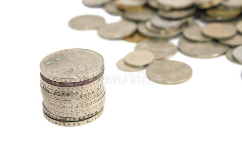 Pièces de monnaie malaisiennes au-dessus de blanc photo libre de droits