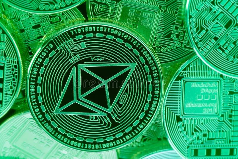 Pièces de monnaie vertes d'Ethereum photo libre de droits