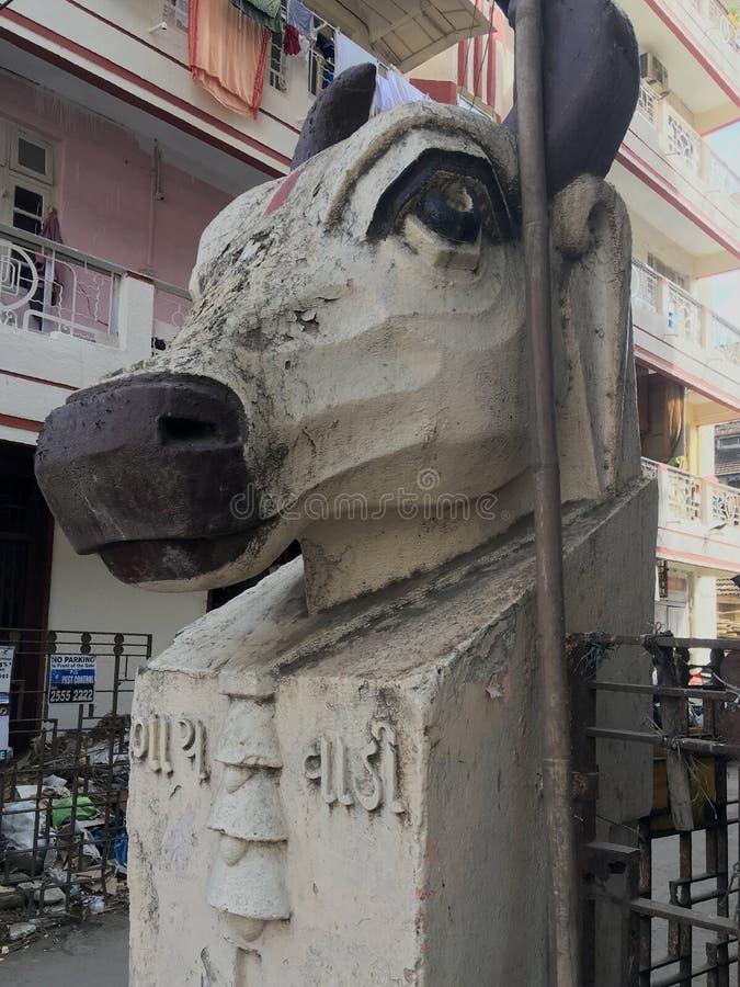 Pièces de stuc Art Déco Cow's Had sur mur composé de l'ancien bâtiment gaiwadi Girgaum mumbai photos stock