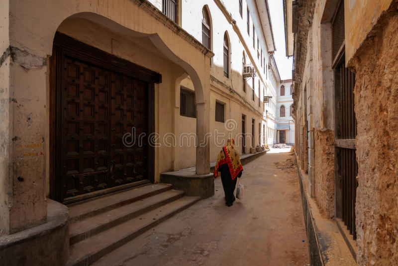 Piéton d'allée de Stonetown Zanzibar photos stock