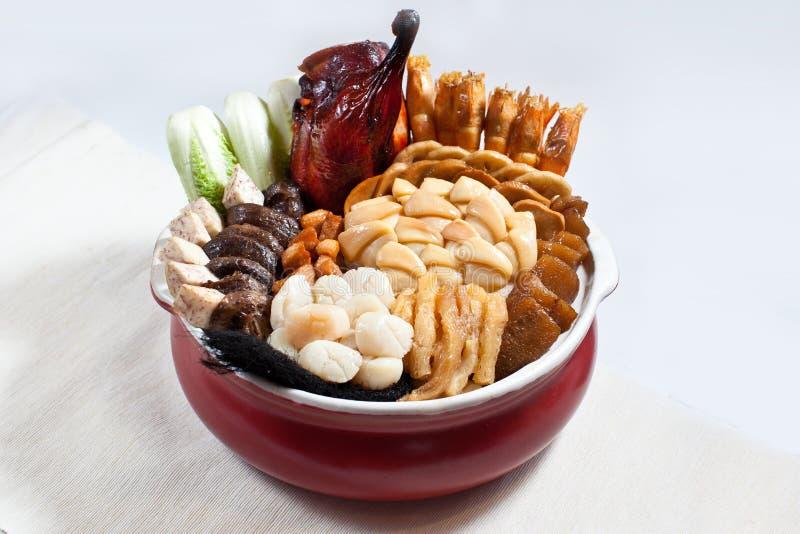 Pióro Cai, Poon Choi, pióro Chai, Peng Cai, Duża puchar uczta obraz stock