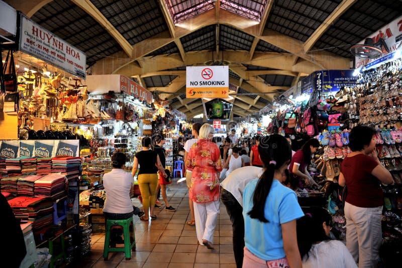 Più grande mercato di Ben Thanh del centro di Ho Chi Minh City vietnam immagine stock
