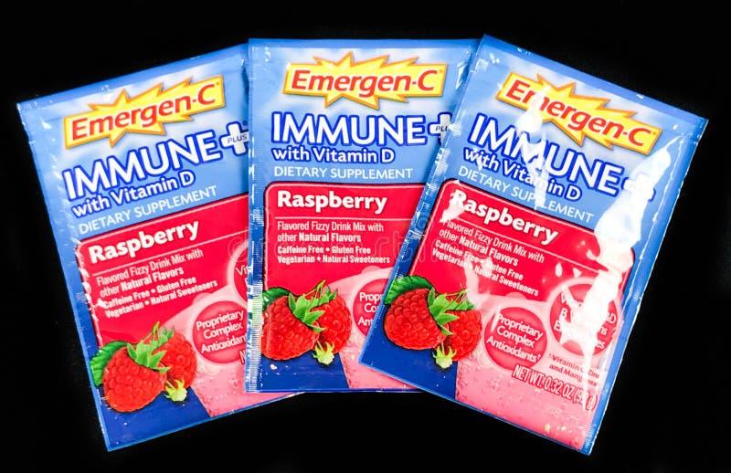 Più immune di Emergenc-C dei pacchetti con la vitamina D immagini stock libere da diritti