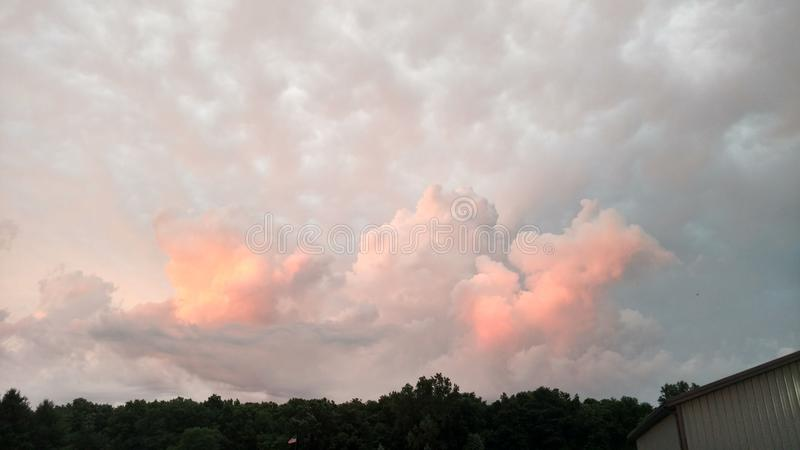 Più nuvole fotografie stock libere da diritti