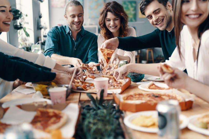 Più pizza! fotografia stock libera da diritti