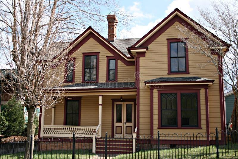 Più vecchia casa fotografie stock