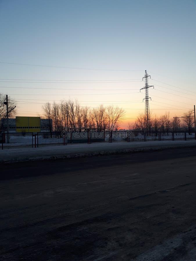 Più vicino al tramonto diventate differente immagine stock libera da diritti