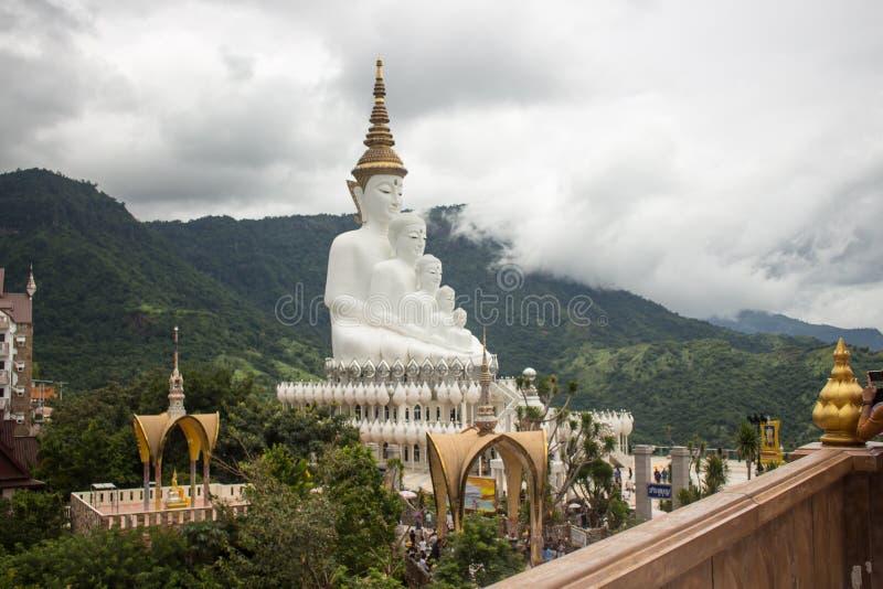 Pięć Buddha statua na Wata Phasornkaew świątyni, Tajlandia, Phetchab fotografia royalty free