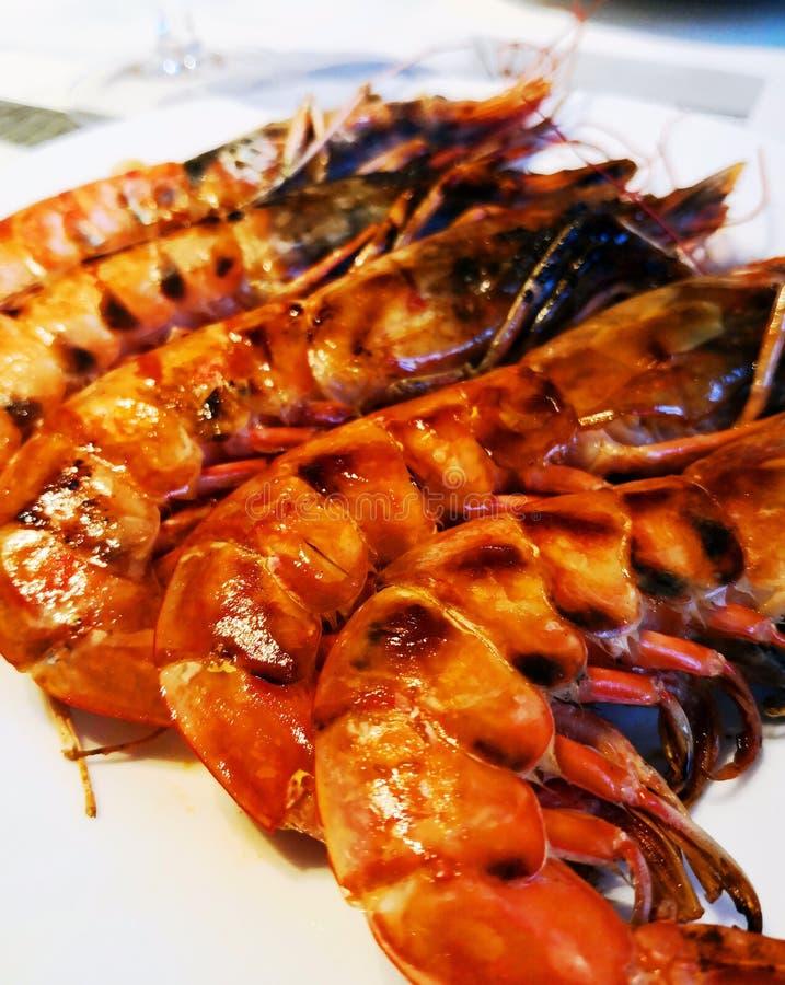 Pięć duża czerwień smażących srimps, zamykają up zdjęcia royalty free