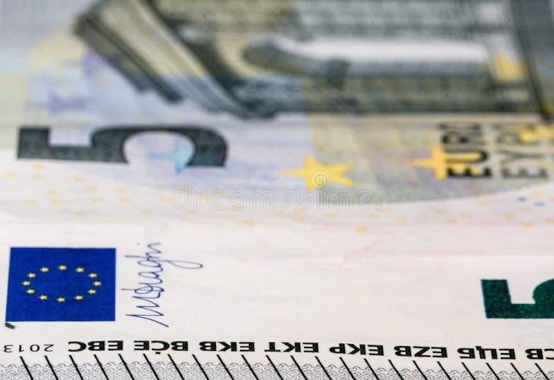 Pięć euro Bill, makro- fotografia royalty free