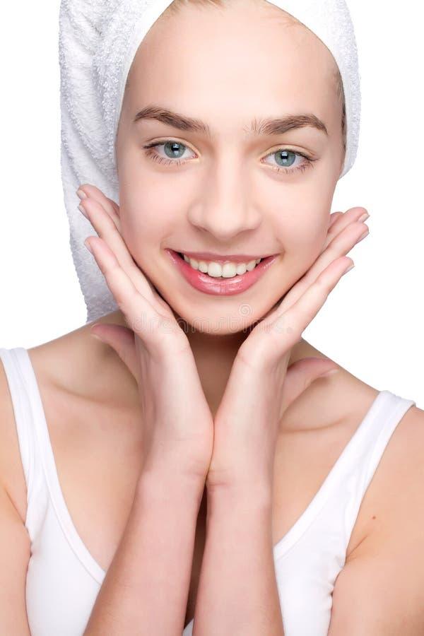 piękną dziewczynę głowa jej ręcznik zdjęcie stock