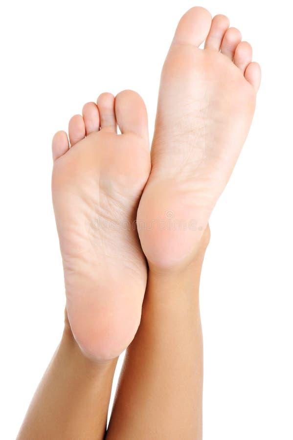 piękna żeńska stopa przygotowywający pięty well obrazy royalty free