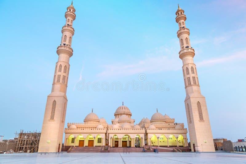 Piękna architektura meczet w Hurghada zdjęcie royalty free