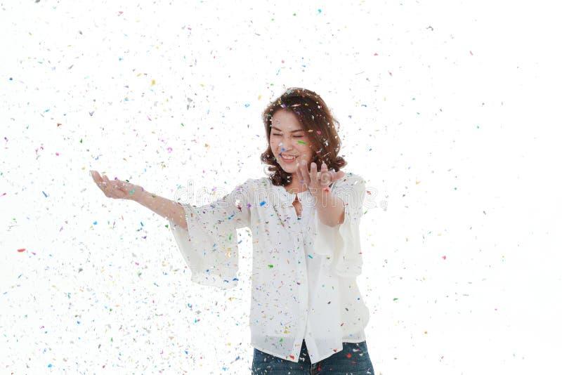 Piękna Azjatycka kobieta w białej bluzce zdjęcia royalty free