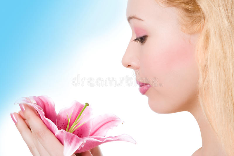 piękna blondynki dziewczyny lelui menchii zdrój zdjęcie royalty free