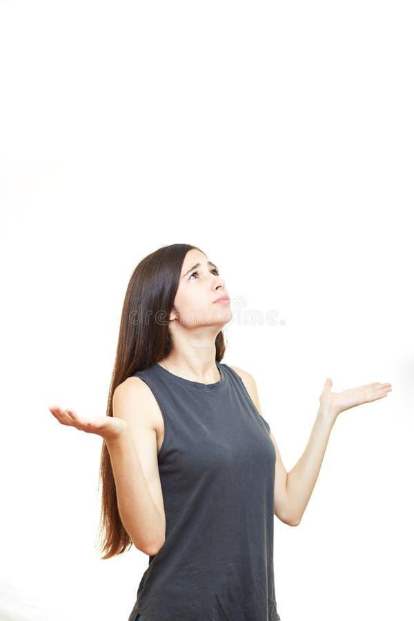 Piękna brunetki dziewczyny niespodzianka na białym tle obrazy stock
