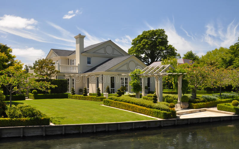 piękna Christchurch ogródu domu Mona dolina zdjęcia stock