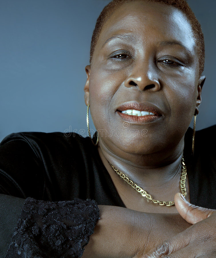 piękna, czarna kobieta zdjęcie royalty free