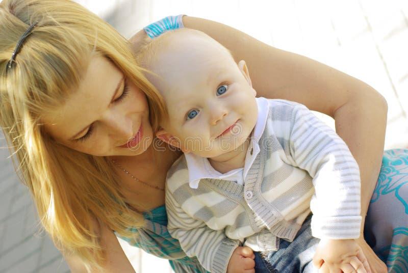 piękna dziecko kobieta obrazy royalty free