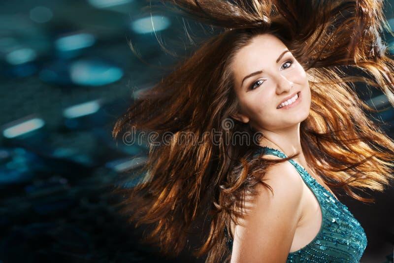 piękna dziewczyny klubu nocny scena obraz stock