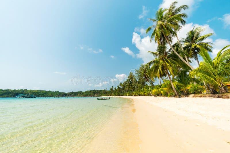 Piękna egzot plaża przy Koh Kood wyspą zdjęcie stock